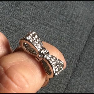 Pretty Bow Ring